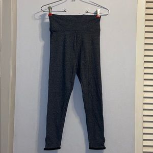 NWT VS Sport Grey Ankle Leggings, Size XS